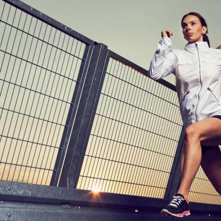 Telecamere per la fotografia sportiva: valori ISO corretti e funzione di scatto continuo