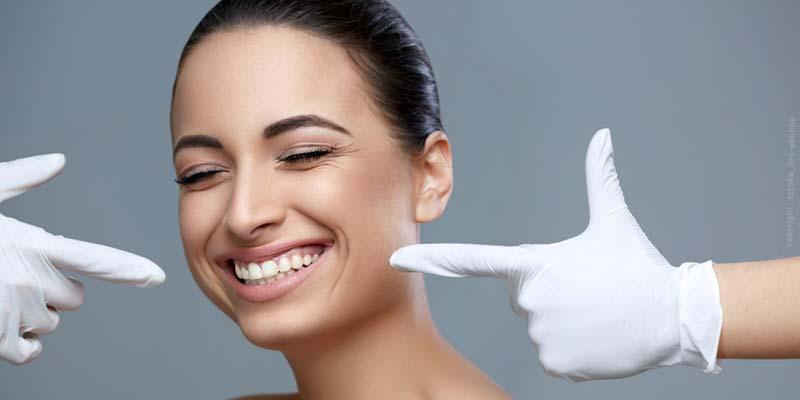 Invisalign - L'apparecchio invisibile: denti favorevolmente dritti