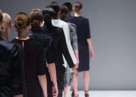Chanel, Versage, Gautier, Lagerfeld – gli stilisti più famosi del mondo della moda