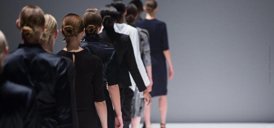 Chanel, Versage, Gautier, Lagerfeld - gli stilisti più famosi del mondo della moda