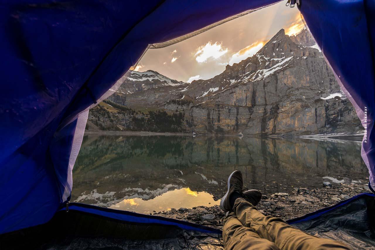 Vivere e dormire XXL: Campeggio in tenda, roulotte e camper
