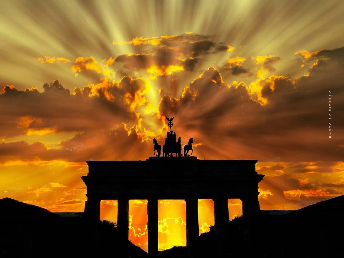 Vacanze a Berlino: visite turistiche, specialità berlinesi e alloggi