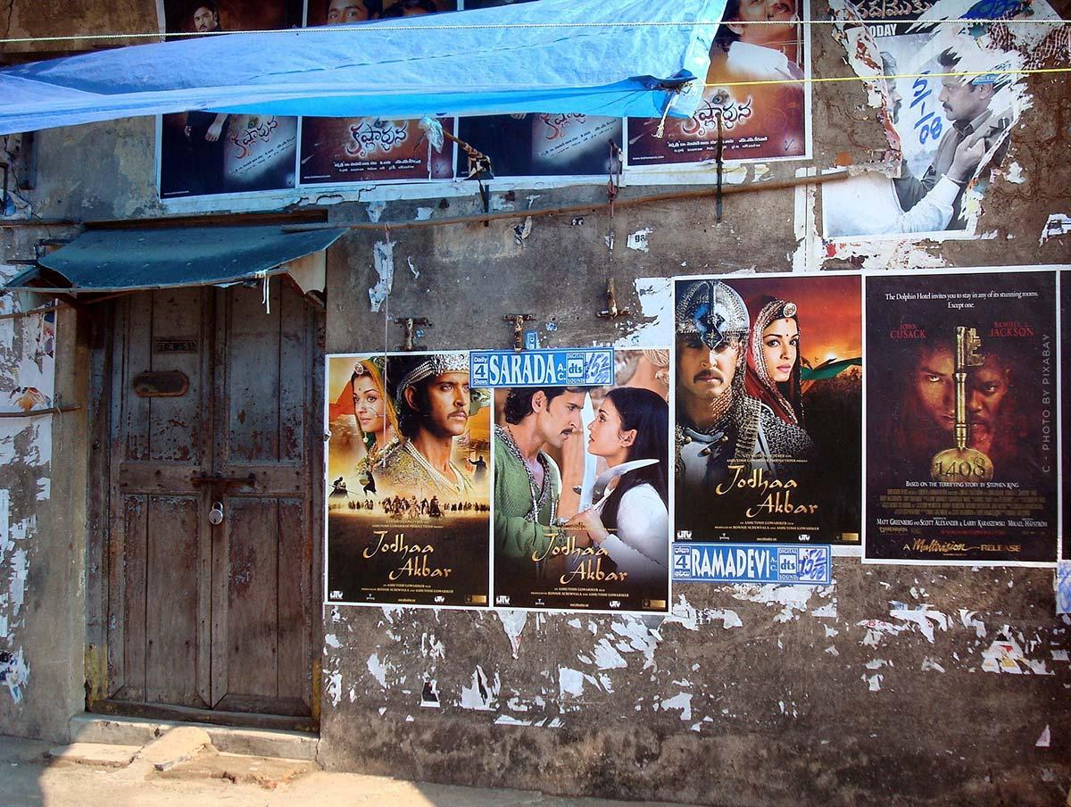 Serie T - YouTube, Bollywood e un tocco di romanticismo