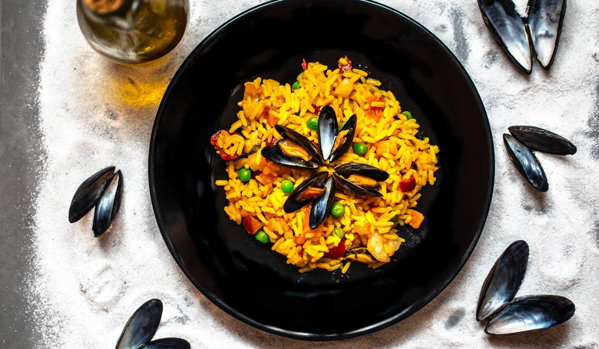 I piatti più leggeri da cucinare a casa: Spaghetti alla bolognese, Ratatouille e Paella