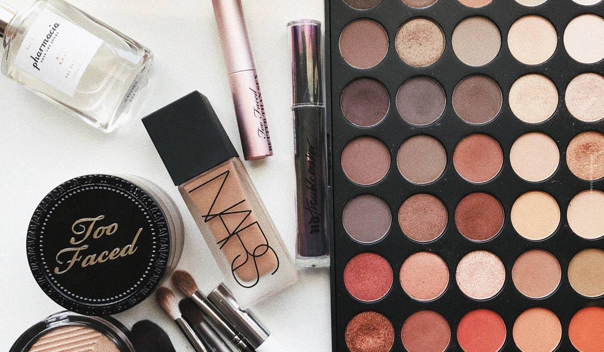 Consigli per il trucco per l'estate: look naturale grazie a Primer, Bronzer & Co