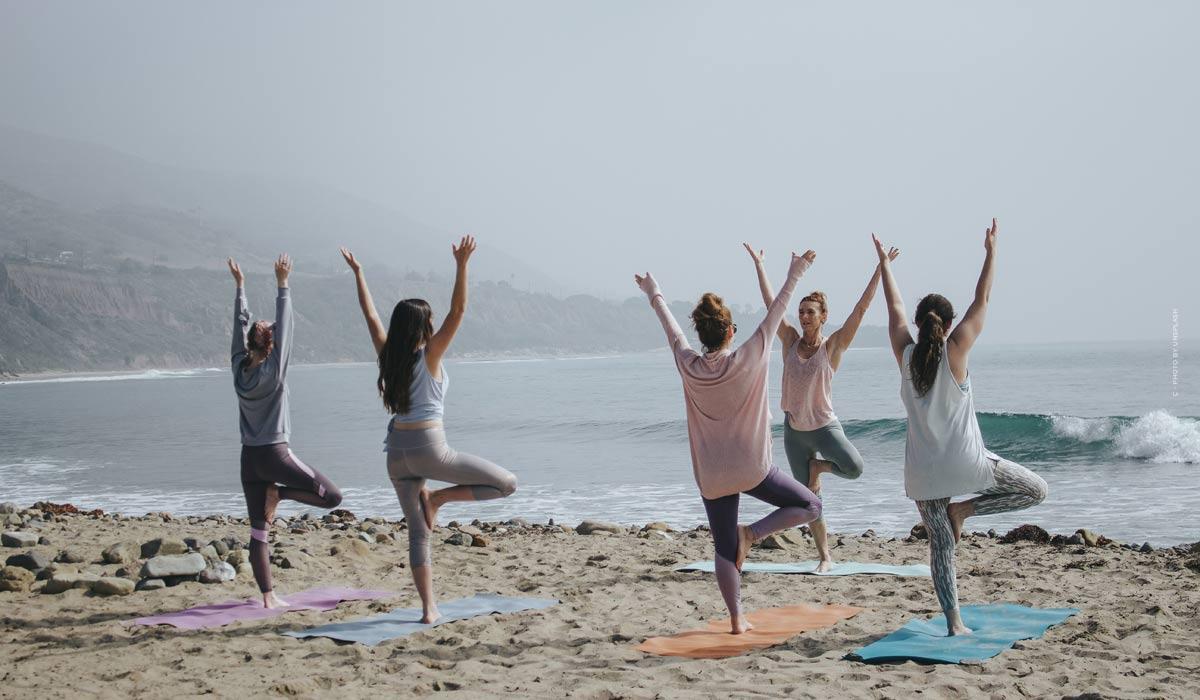 Yoga: esercizi per principianti, conoscenze di base & suggerimenti dalle stelle - compresi i video per partecipare!