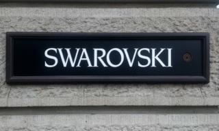 Swarovski: bracciali, anelli, orologi e collane di cigno – da 125 anni
