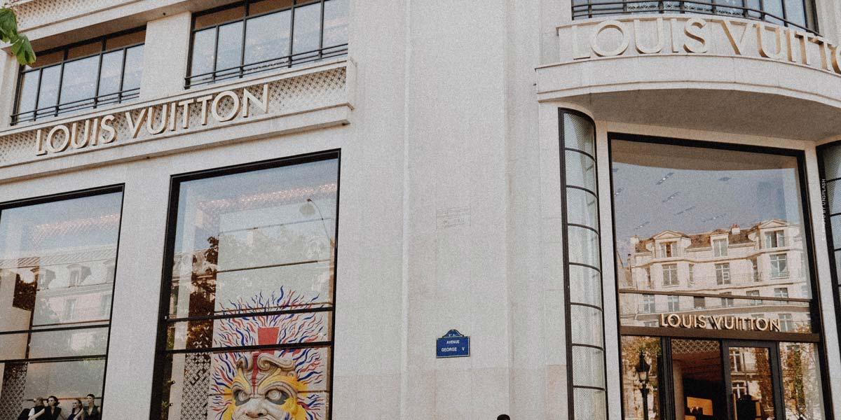 Shopping di lusso a Monaco (18 negozi): Valentino, Cartier, Giorgio Armani & Co.