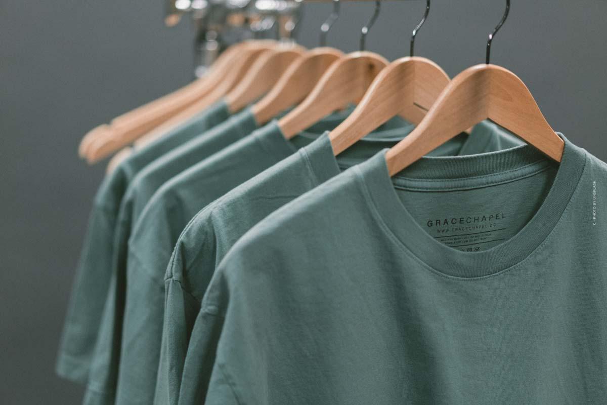 Tendenze della camicia 2021 per donne e uomini