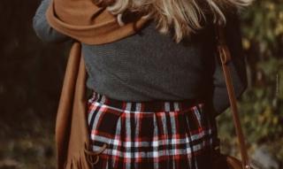 Look a strati: Rimanete al caldo per tutto l'inverno con la stratificazione – consigli e trucchi su tessuti, colori & co.