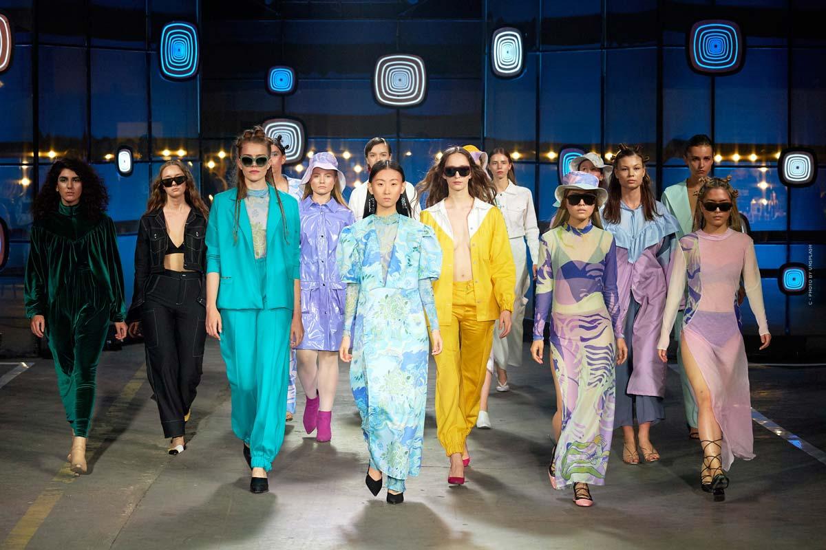 Stella McCartney: borse vegane, scarpe, giacche e altro della casa di moda inglese