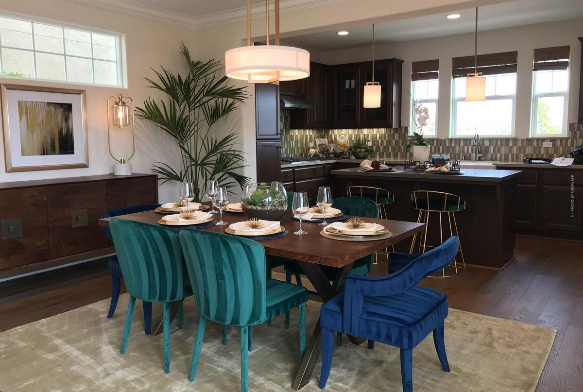 Tavoli: Tavoli da pranzo, tavoli da caffè e simili - materiali e confronto, con idee di decorazione per la tua casa